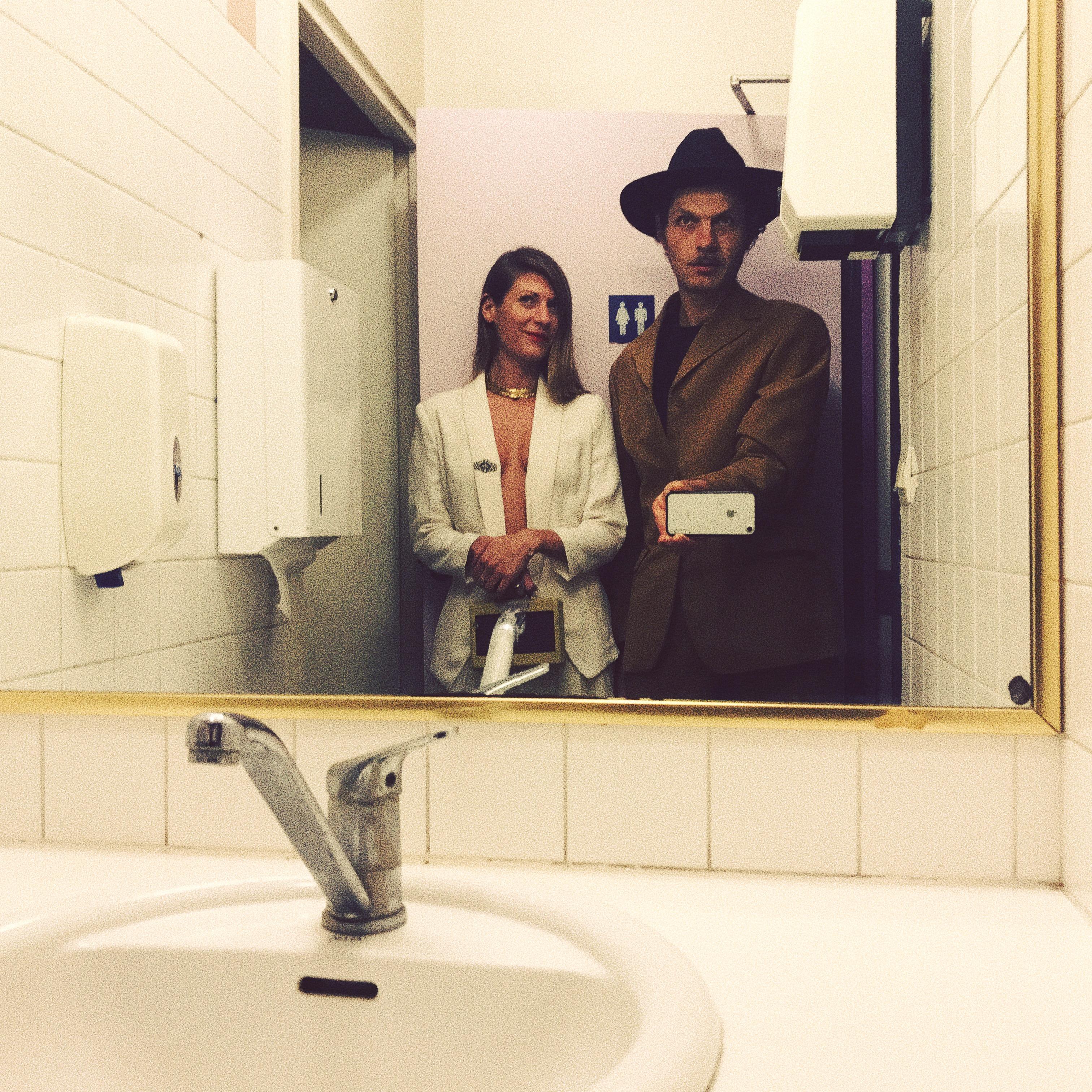 Série toilettes avec Seb Martel