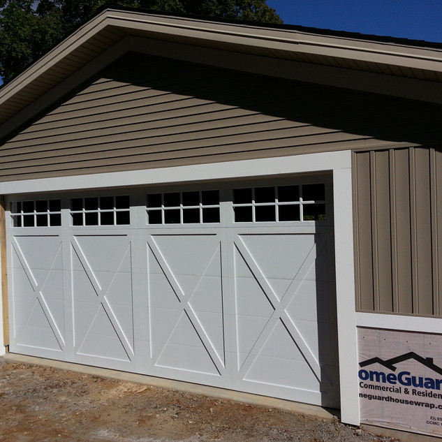 Carriage House Overlay White