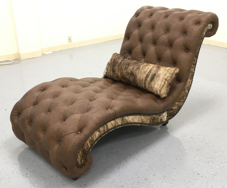 Tufted Monterey Chaise