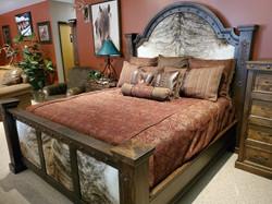 Silverton King Bed
