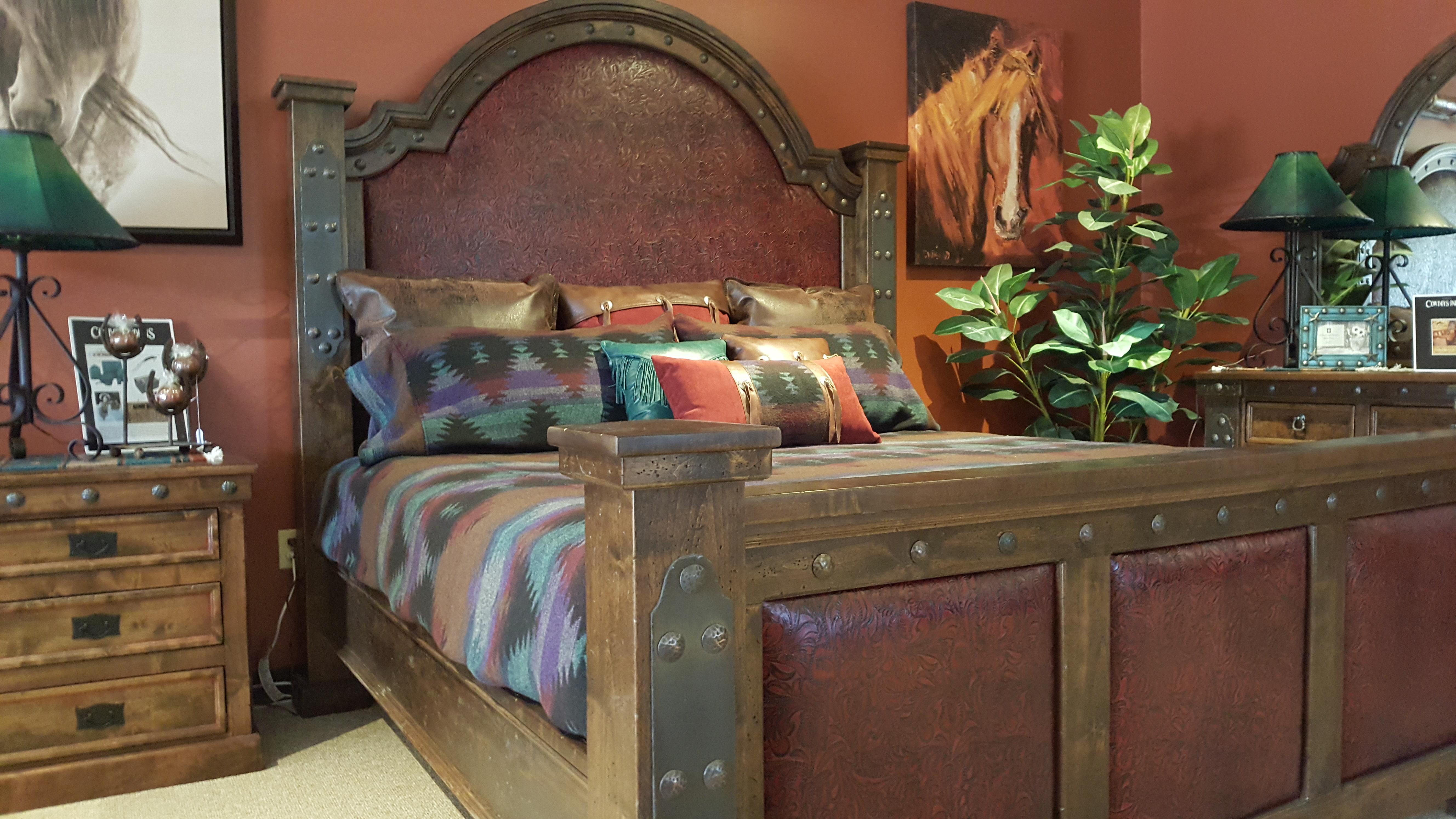 Silverton Bed
