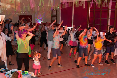 Having fun at our virtual dance and fitness classes designed for adults, children, staff wellbeing activities and online parties. Based in Beeston, Nottingham.
