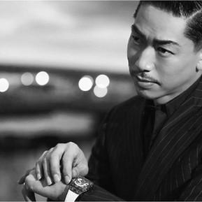 盡顯熟男品味 AKIRA配戴宇舶話題陀飛輪腕錶/ HUBLOT and AKIRA can tell how to be a stylish man in their forties
