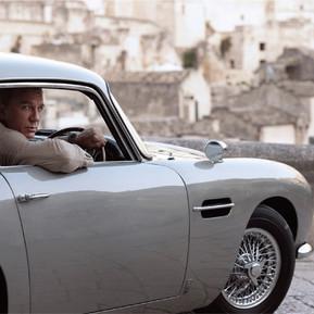 成為龐德?OMEGA 海馬潛水300米限定款能幫忙/ Want to be James Bond? OMEGA's SEAMASTER DIVER 300M 007 edition can help