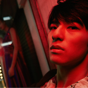 Edward Chen, The Night Is Still Young/ 陳昊森 這夜晚還算年輕