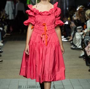 Molly Goddard 的春夏女裝狂想/ Molly Goddard's womenswear fantasy, SS17
