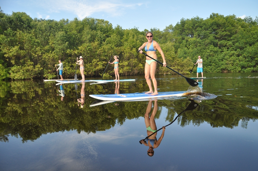 Paddleboarding at Tierra magnifica