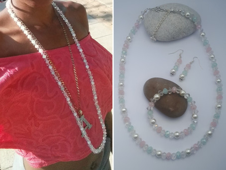 I created  a Jewellery Set out of a worn out Bead Necklace! - Upcycle Project.