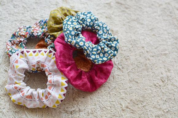 Coleteros scrunchies