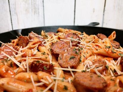 Pasta-with-sausage-up-close.jpg