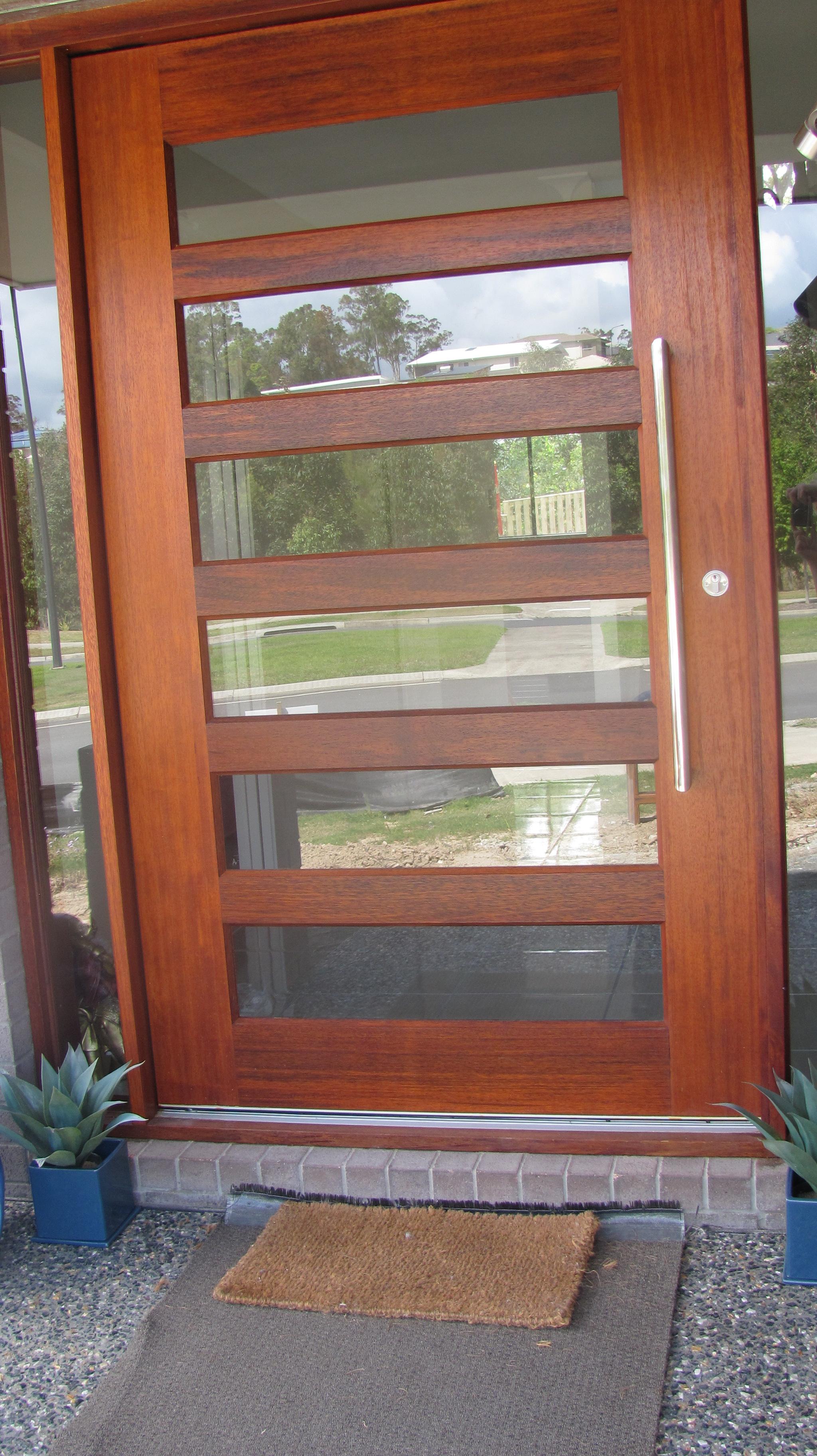 Door handle SS.jpg