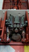 Motorn på plats.
