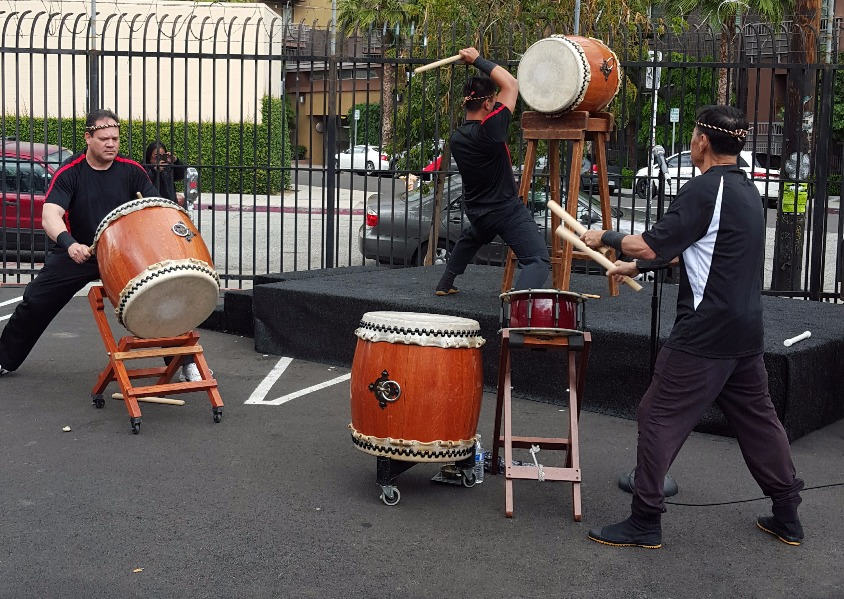 Taiko Drummers_edited