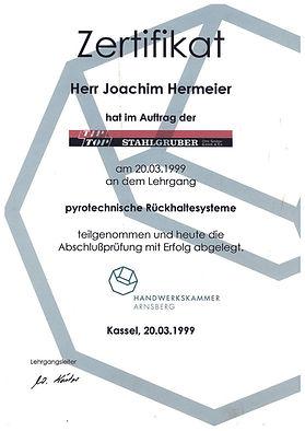 Joachim Airbag und Gurtstraffer .jpg