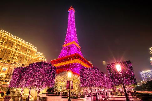 Parisian_Tower_Show_02-1.jpg
