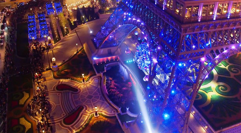 Parisian_Tower_Show_08.jpg