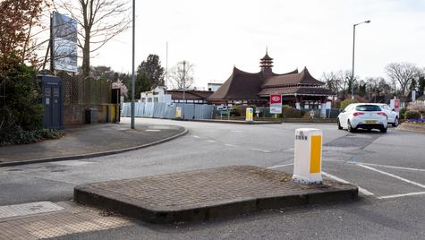 P24 | Ghost Monument | South Eden Park Road, BR3