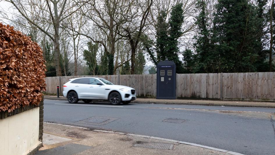V2 | Ghost Monument | Petersham Road, TW10