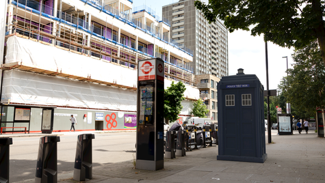G13   Ghost Monument   Goswell Road, EC1V