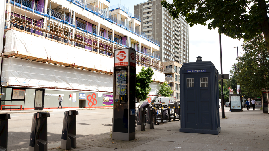 G13 | Ghost Monument | Goswell Road, EC1V