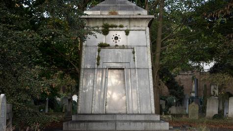 Hannah Courtoy's mausoleum time machine