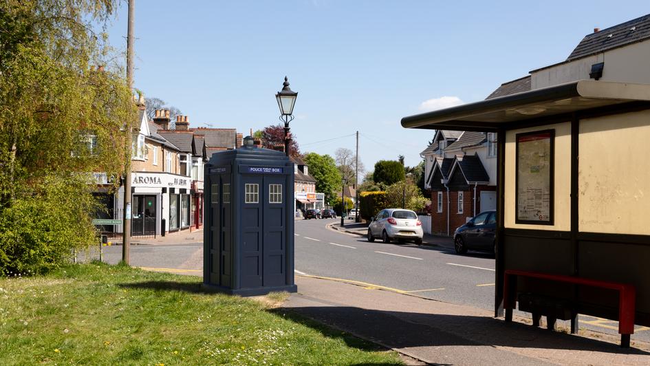 P12 | Ghost Monument | High Street, Farnborough, BR6