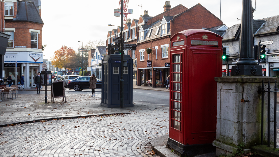 T67 | Ghost Monument | Richmond Road, TW1