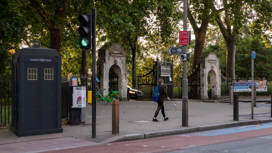 L7 | Ghost Monument | Queenstown Road, SW11