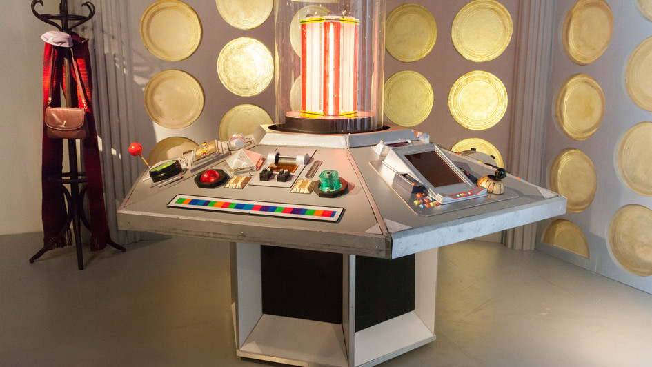 Fourth and Fifth Doctors' TARDIS console