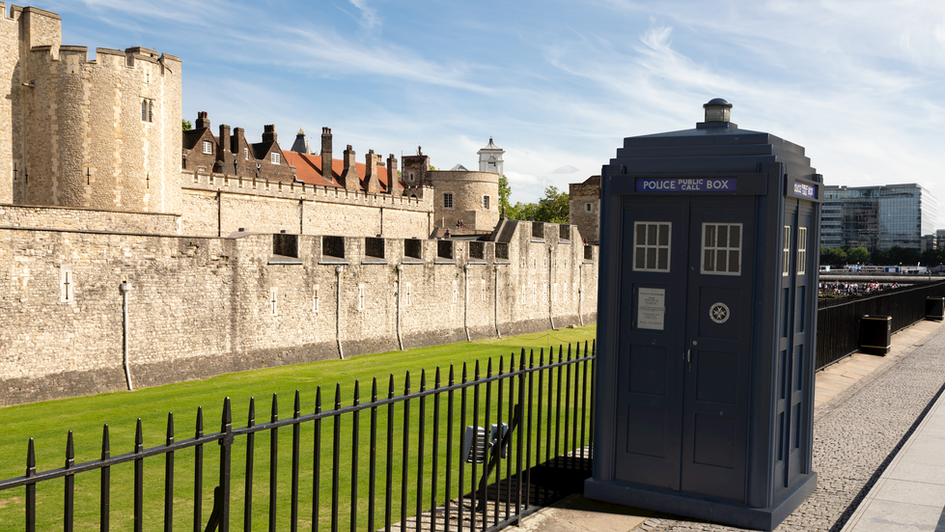 H12 | Ghost Monument | Tower of London, EC3N