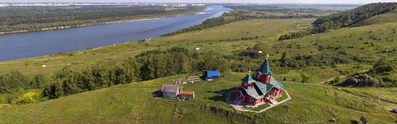 Деревянная церковь рядом с селом Хабарское. Нижний Новгород