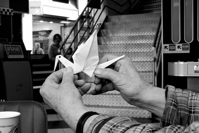 09 zijn origami kraanvogel.JPG