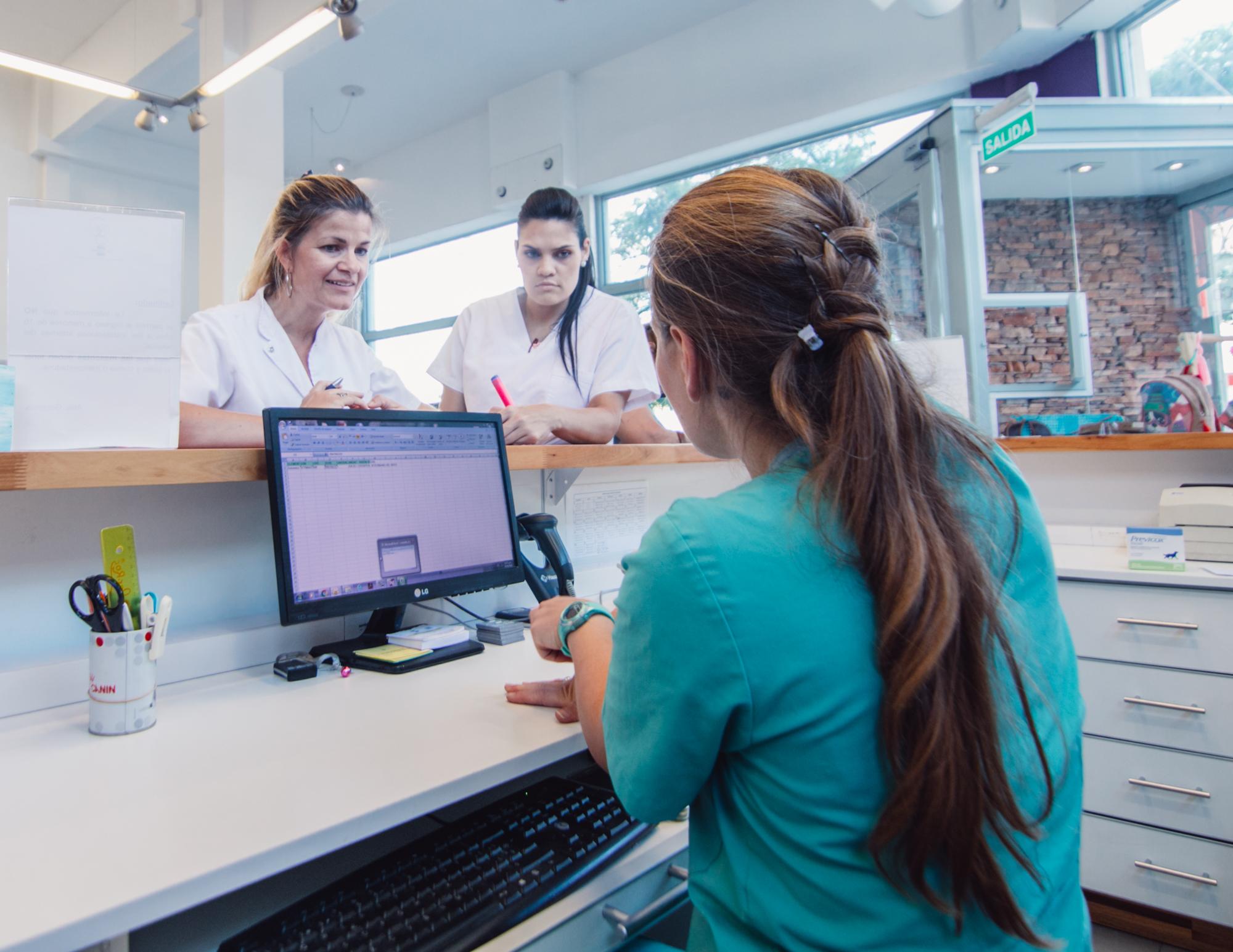 Del Interior Hospital Veterinario -0158.