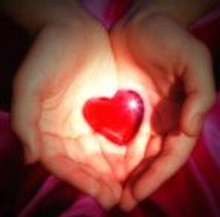 Ama y brilla… porque el Amor todo lo vence.