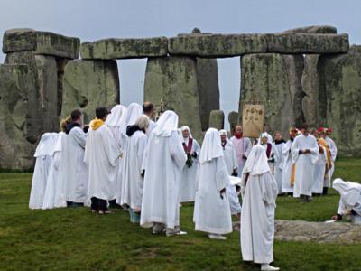 stonehenge-druidas-c_0.jpg