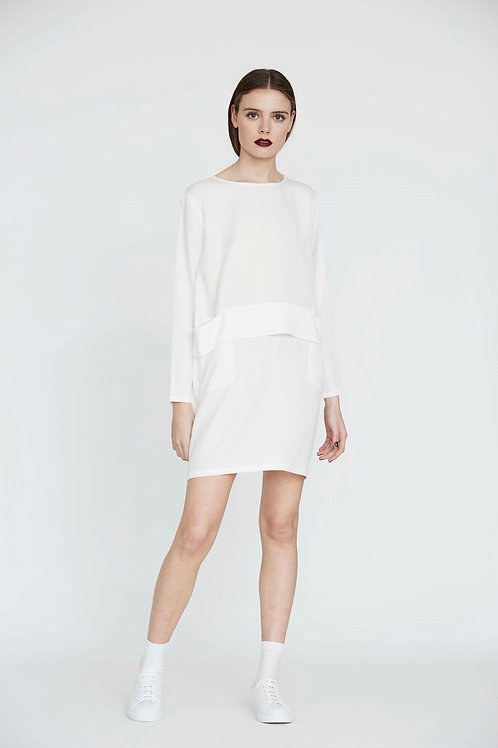 OVERSIZE DRESS WITH PLEAT