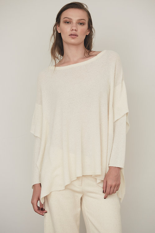 OVERSIZE KNIT TUNIC WITH NECK