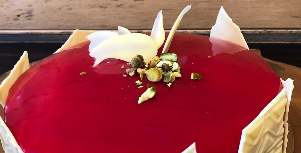 Mousse chocolat blanc, pistache, framboise