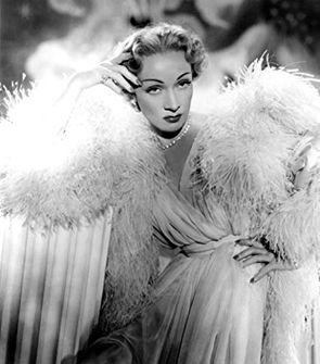 Marlene Dietrich_Stage Fright.jpg