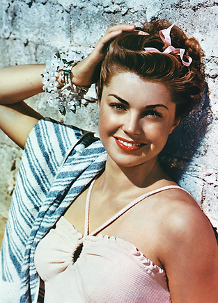 Esther Williams.png