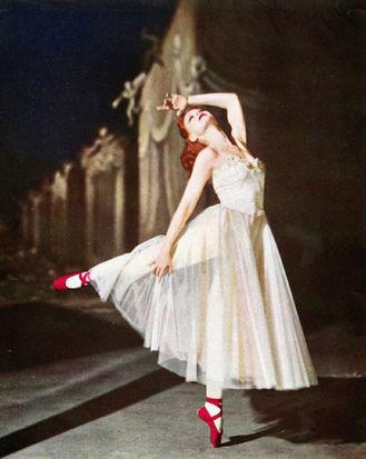 Moira Shearer_The Red Shoes.jpg