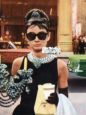 Audrey Hepburn_Breakfast at Tiffanys win