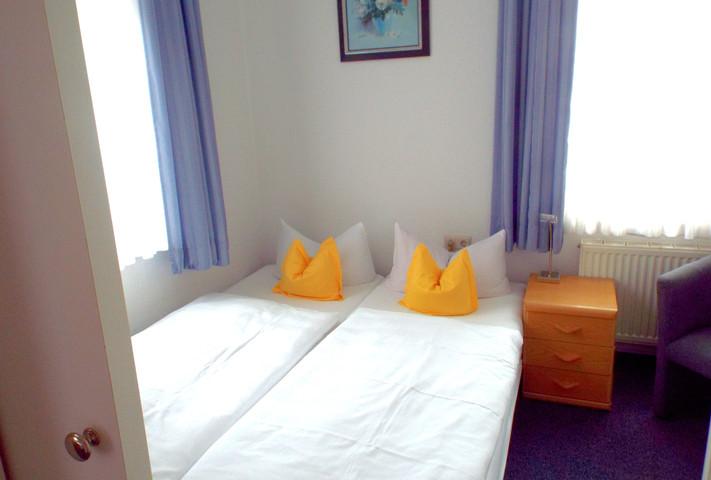 Zimmer 6 Kinderzimmer