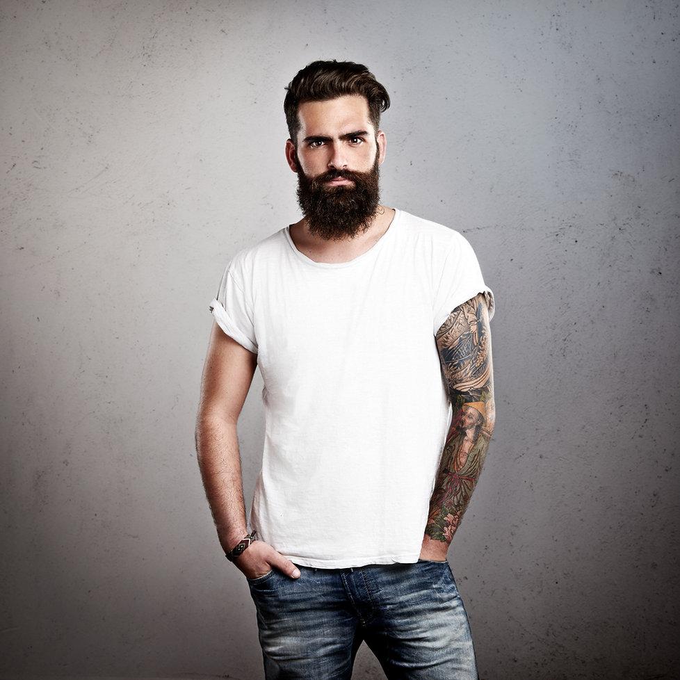 Mann mit Bart, Bartpflege, Bart, Barttrends, Mens Haircut, Männerfrisur, Männerfrisurtrends, hairstyling,