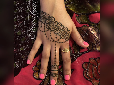 New to Henna? Here Are 9 Steps To An Amazing Henna Experience