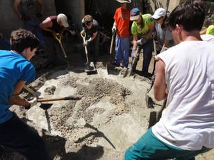 Construction making the circle.jpg
