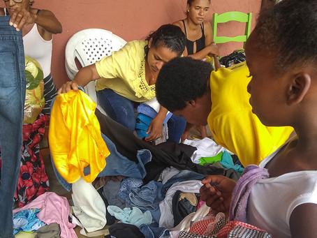 Distribuição de roupas