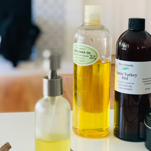 2-Ingredient DIY Cleansing Oil with Emulsifier