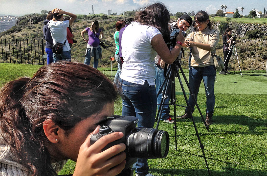 FOTO TOMA EN EL CAMPO.jpg