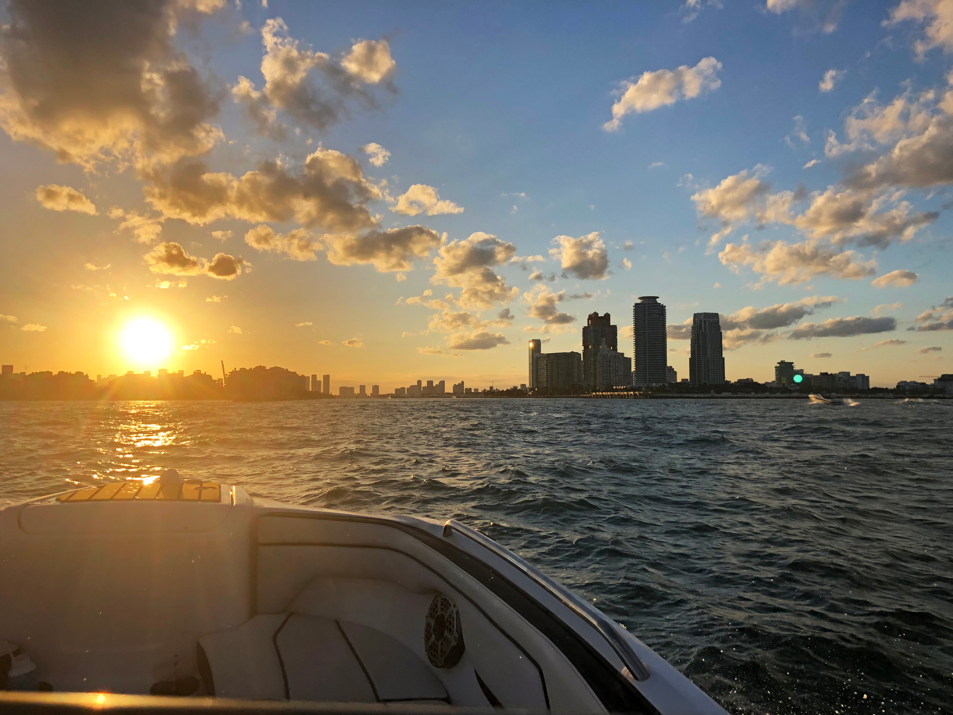 2hr Sunset Cruise up to 6ppl